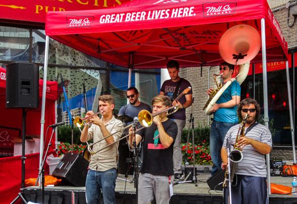 Hogtown-Sound-Buskerfest-2015